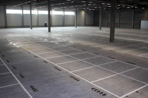 Hallenmarkierung / Stellplatzmarkierung auf einer Fläche von 45.000m² für reifen.com in Hildesheim
